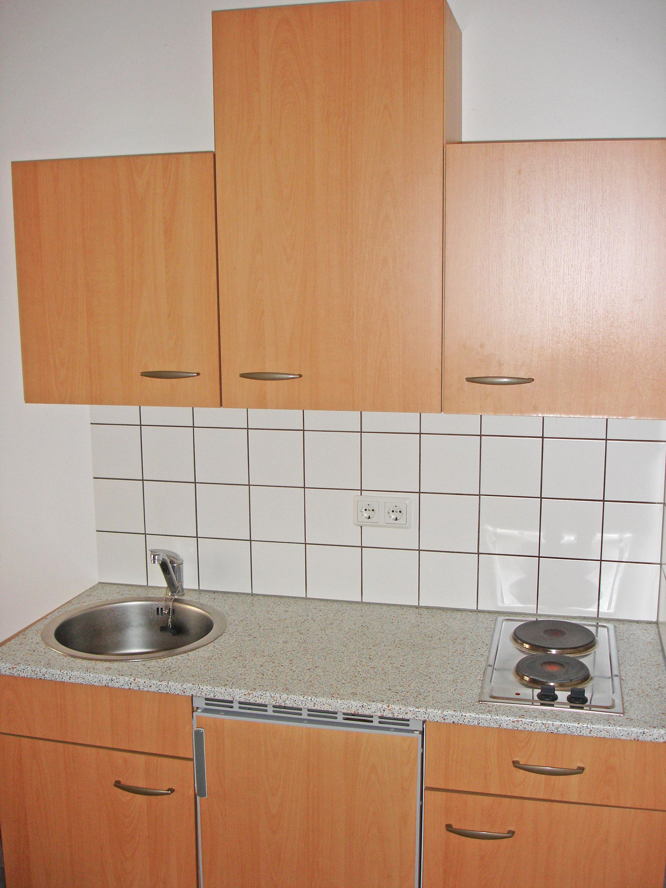 Küchenzeile Studenten ~ zimmer villa ungarische krone